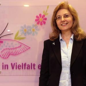 Rumyana Hristova, Beraterin in deutscher, bulgarischer und russicher Sprache