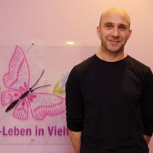 Stephan Moskophidis, Projektmitarbeiter in deutscher und griechischer Sprache